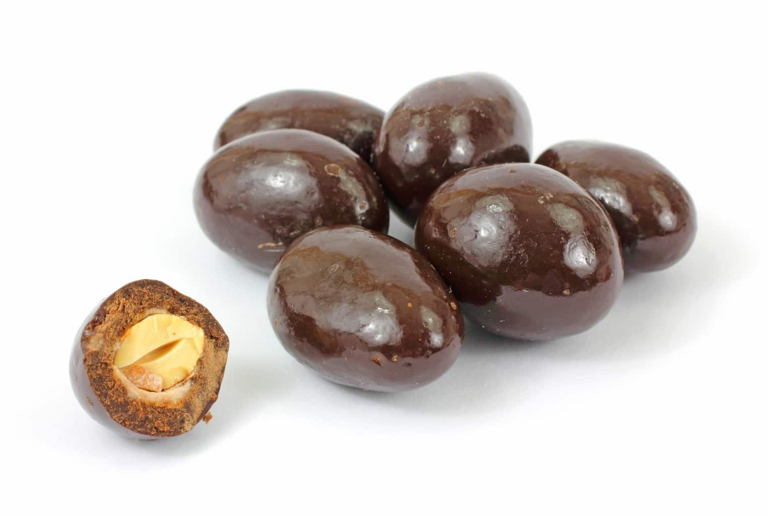Organic Chocolate Covered Almonds 1lb – HIS HARVEST